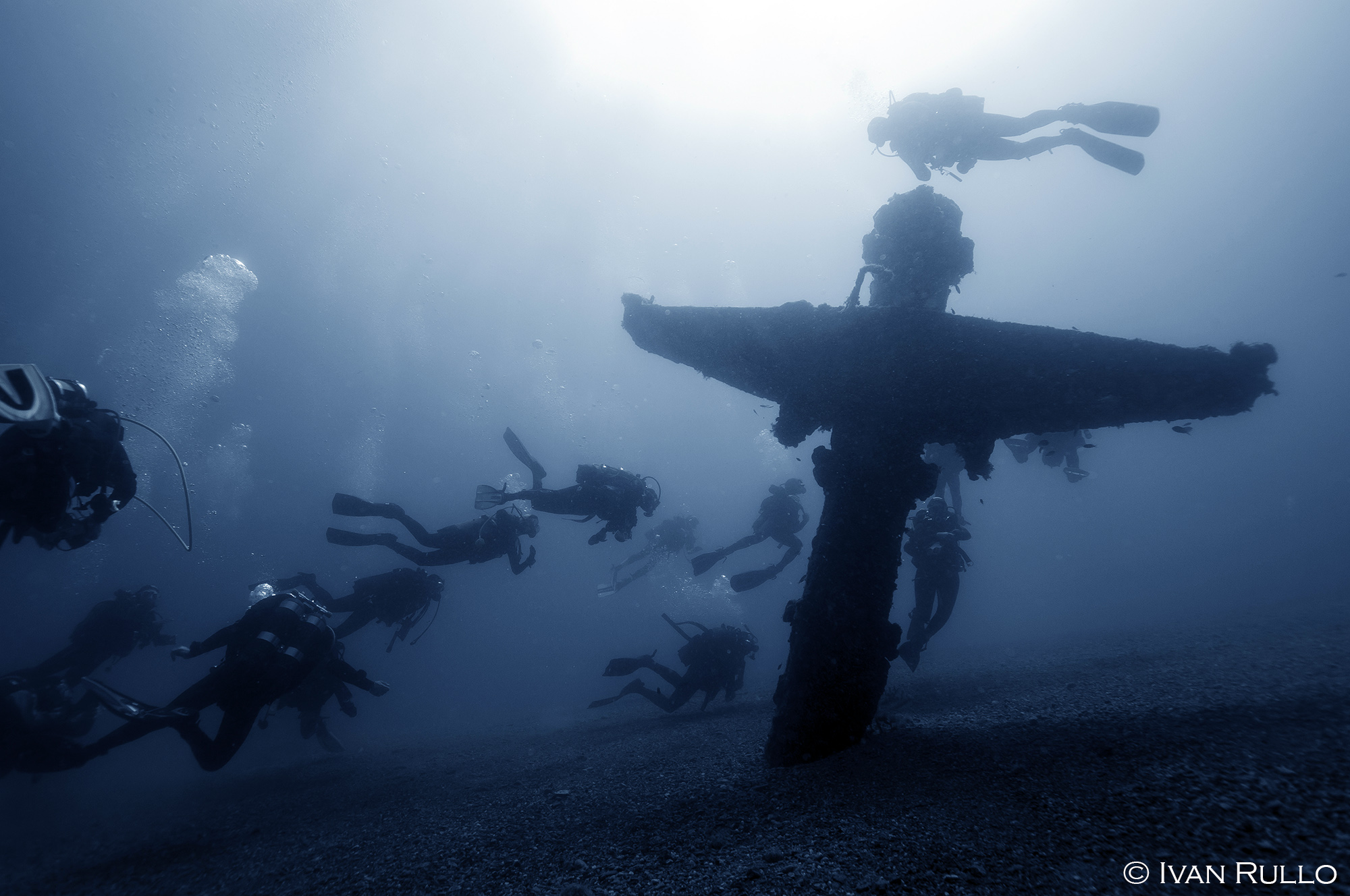 V IR8518 Relitto Laura Cosulich
